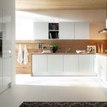 Schuller_Alea-Gloss_German_Kitchen
